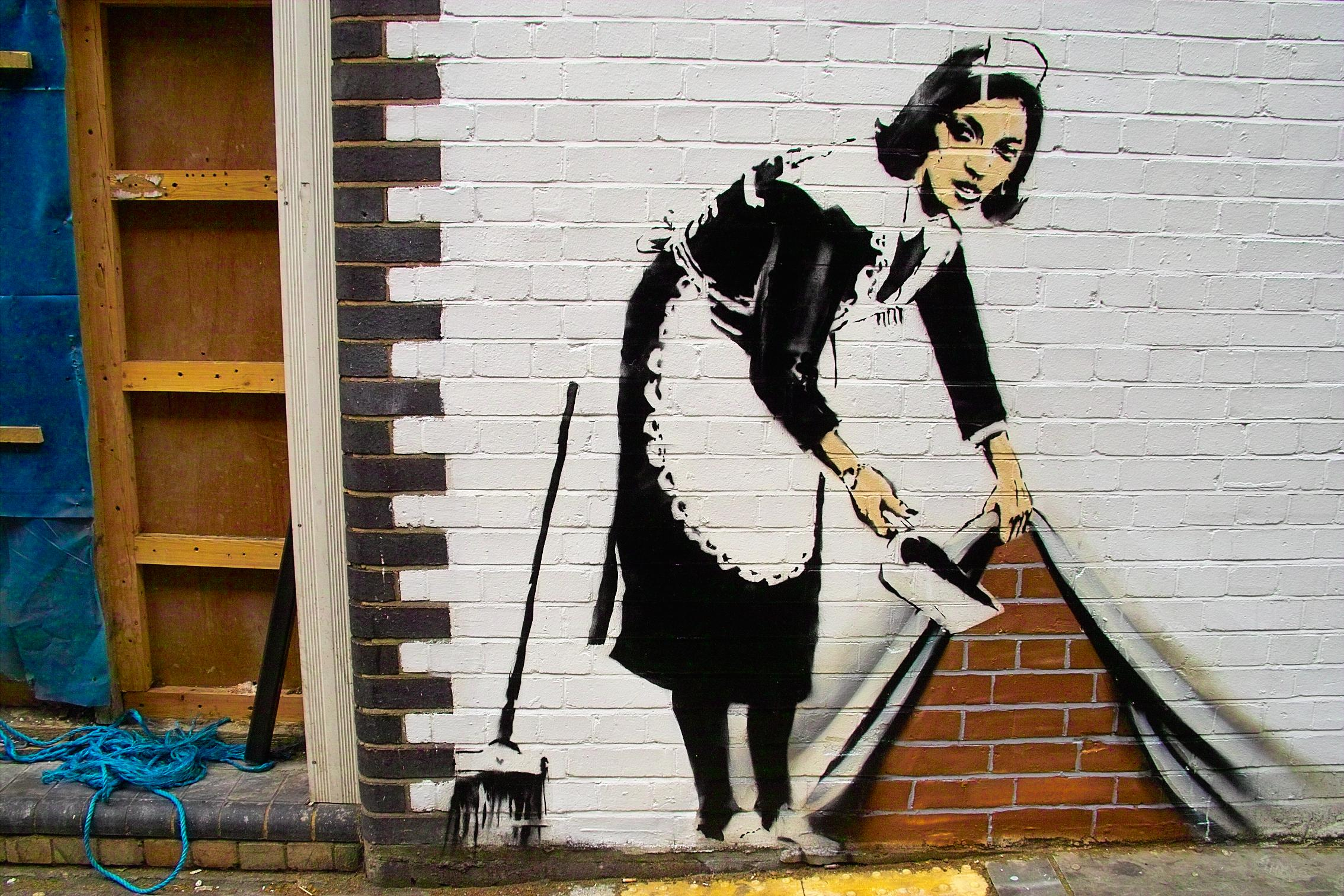 Banksy_-_Sweep_at_Hoxton
